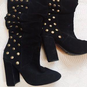 Schultz suede black boots